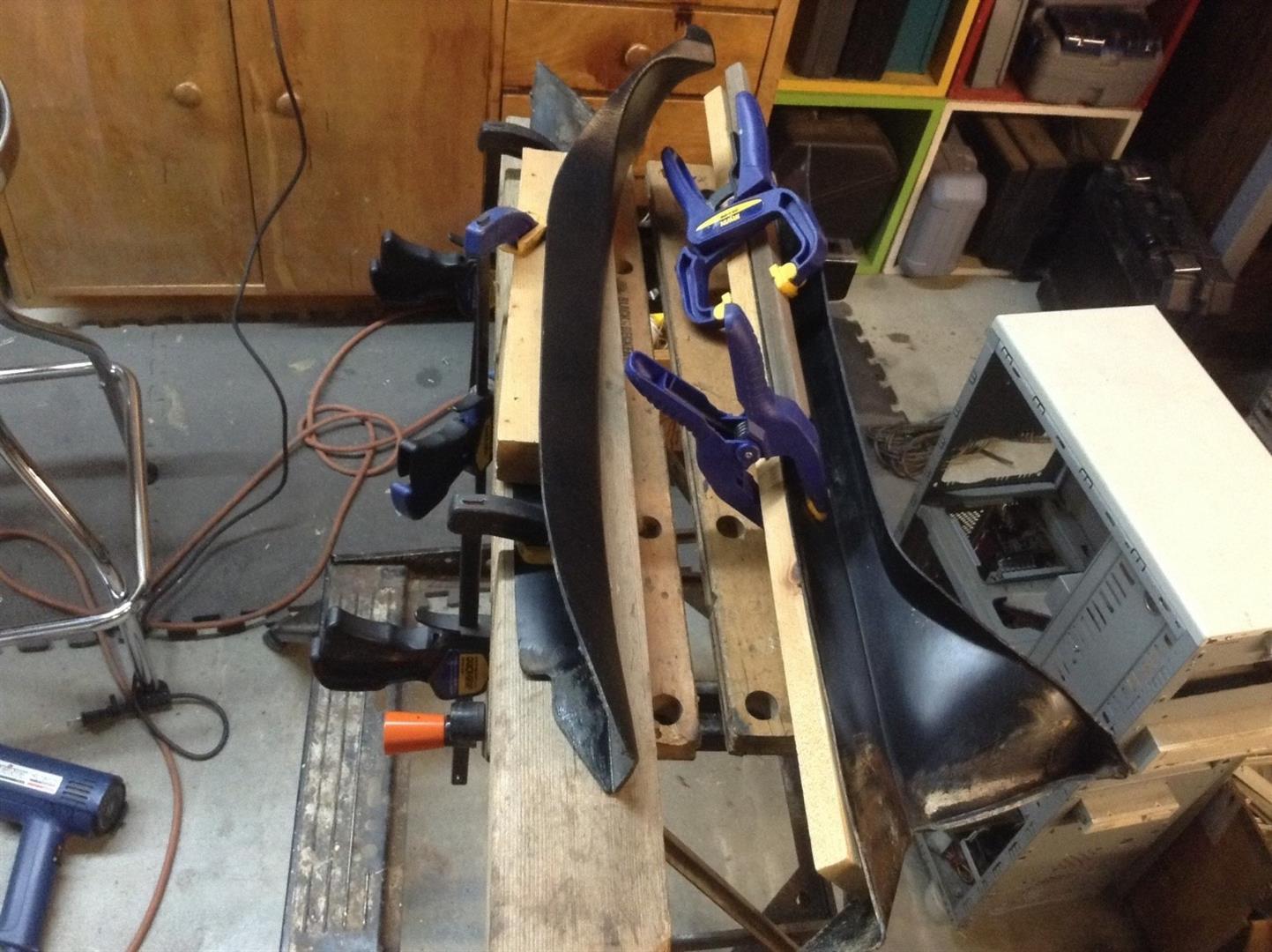 DeLorean A-Pillar Restoration - 01 | DeLoreanDirectory.com