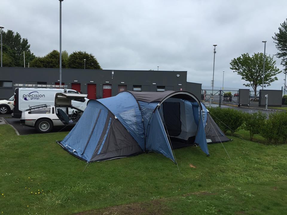 Camping with a DeLorean | DeLoreanDirectory.com