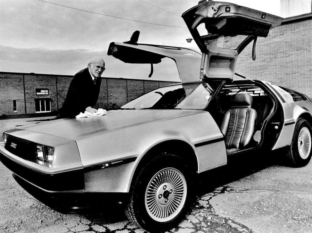 Sol Shenk with the last De Lorean built. | DeLoreanDirectory.com