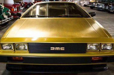 Gold DeLorean   DeLoreanDirectory.com