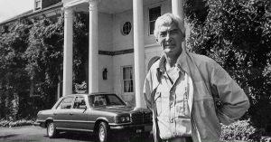 John DeLorean at NJ mansion | DeLoreanDirectory.com