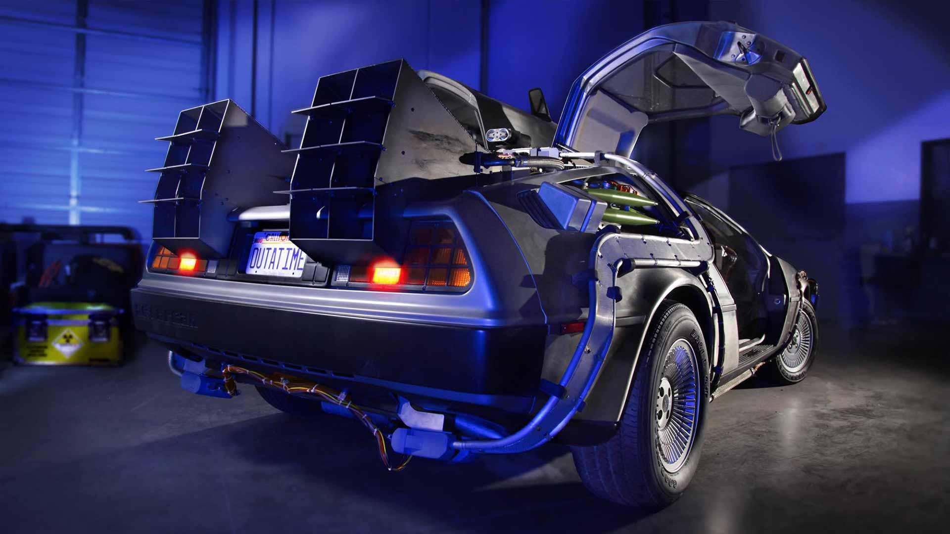 DeLorean Time Machine   DeLoreanDirectory.com
